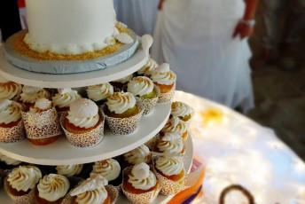 Cupcakes and Beach Weddings