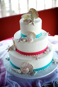 beach wedding cake 2