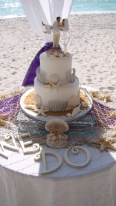 beach wedding cake 4