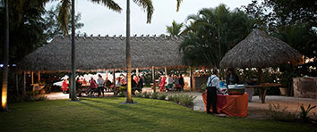 tiki hut wedding idea for a destination weddings in florida