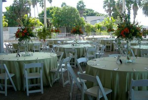 sarasota beach wedding tables