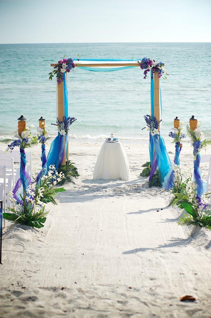 Florida Aquarium Wedding Beach Destination Weddings In Sarasota