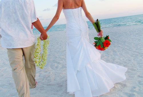 sand-and-petals-florida-beach-wedding-01